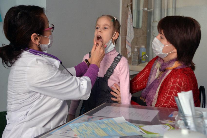 Осенью россиян ждет две волны гриппа— Роспотребнадзор
