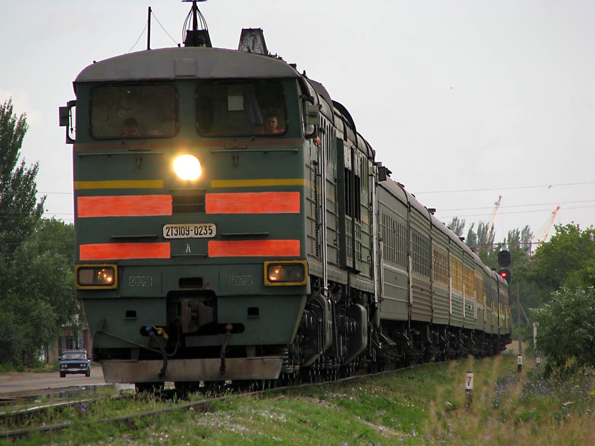 Жителя Коми на станции Микунь насмерть сбил поезд Москва-Воркута