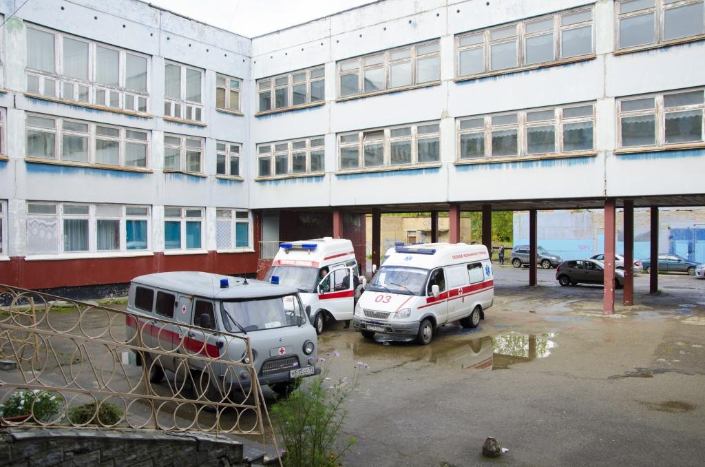 В больницы Ухты с подозрением на отравление  госпитализированы девять школьников