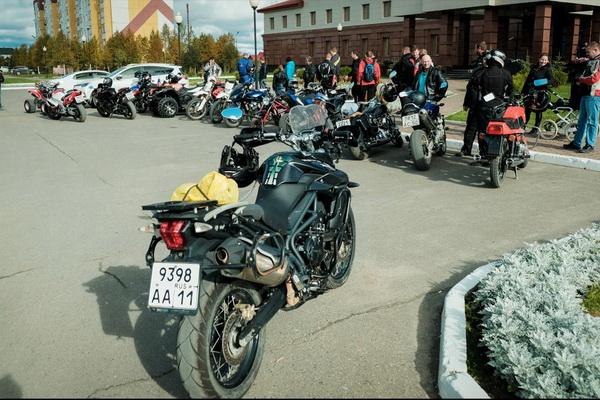 Усинск и Ухта  отправили мотоциклистов на зимовку