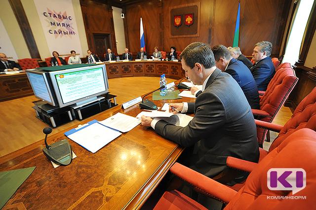 Члены правительства Коми обсудили повышение качества образования в школах