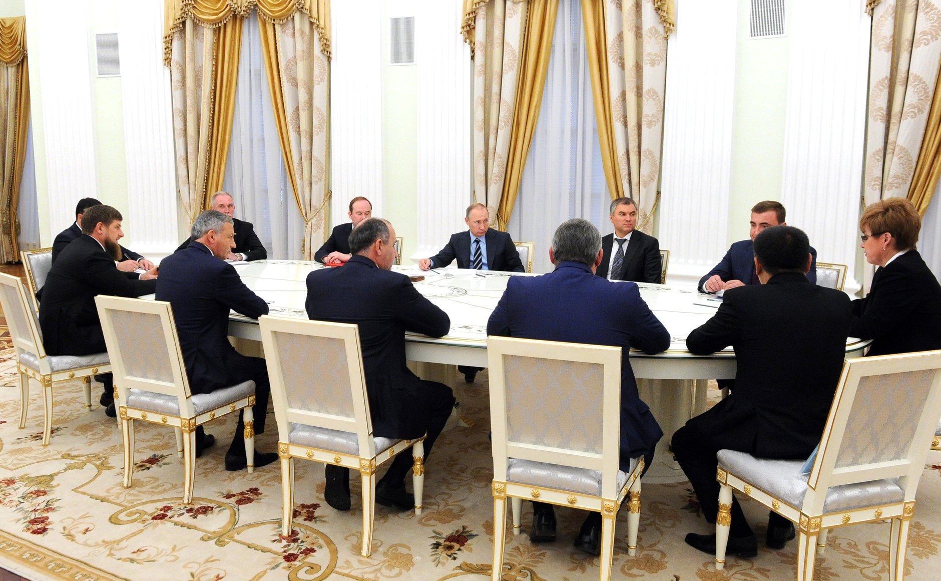 Мутко поведал о контракте сКадыровым