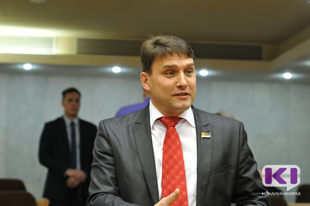 Василий Смалий: количество представителей