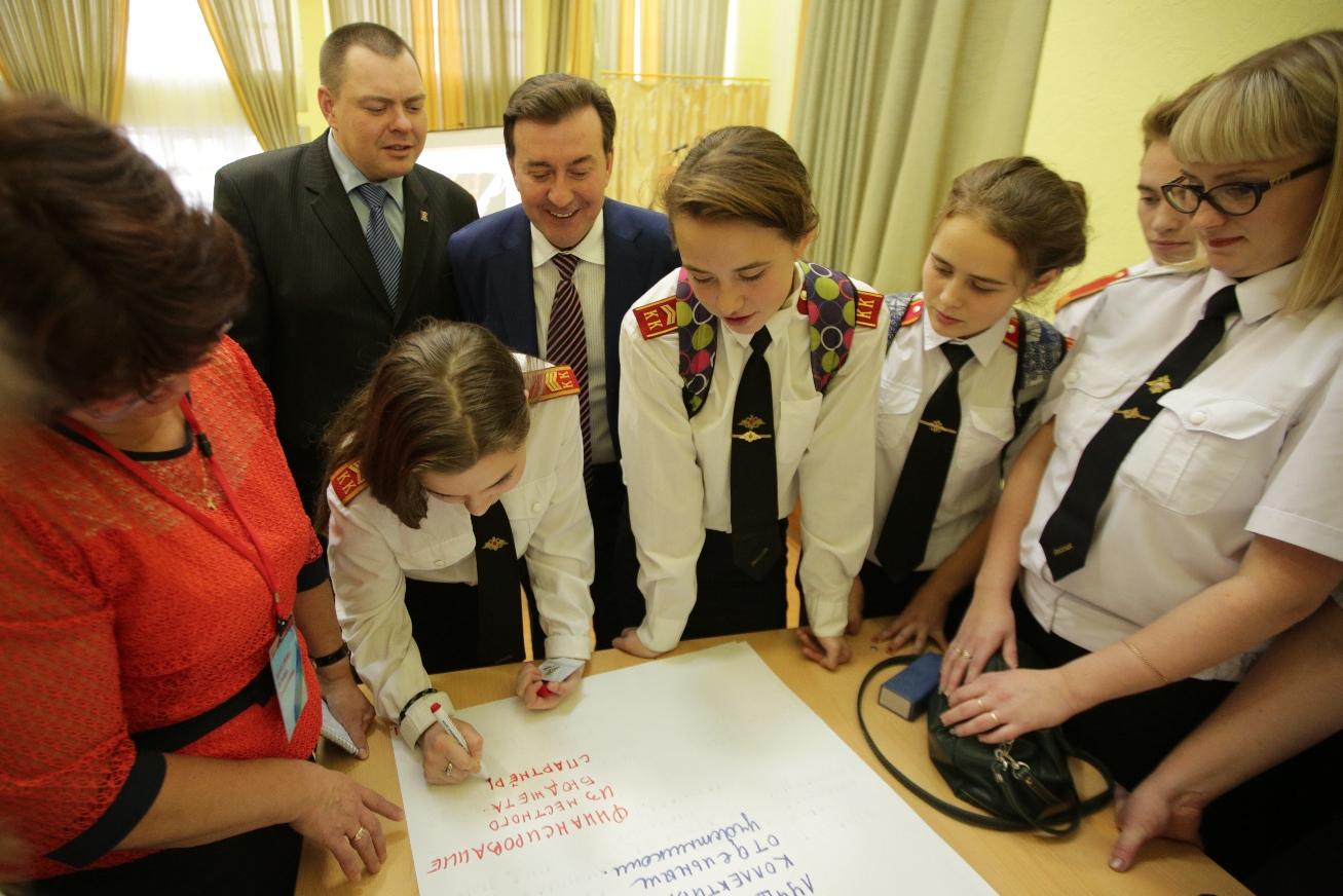 Александр Лейфрид провел парламентский урок в Усть-Цильме