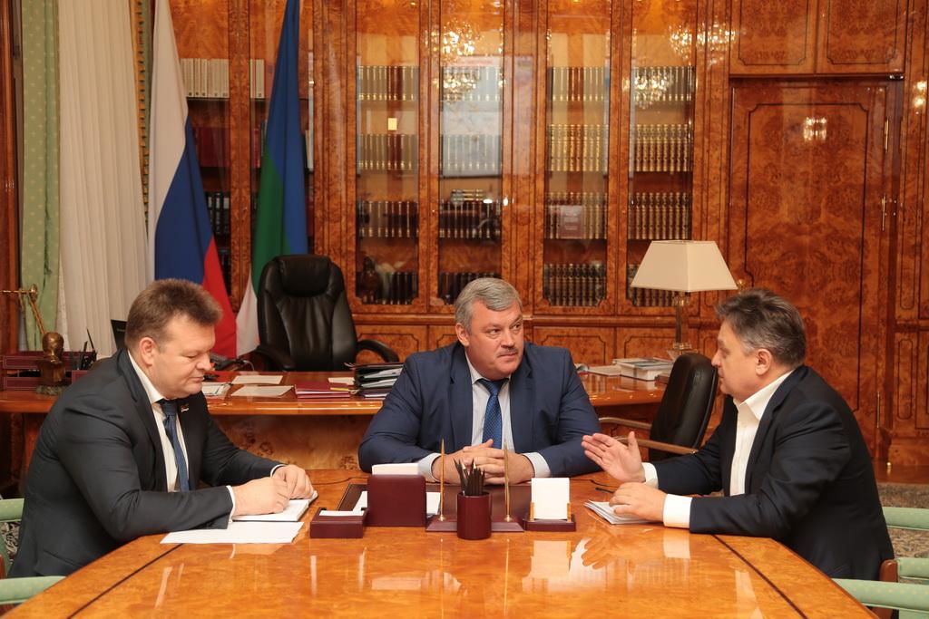 Глава Коми и замминистра энергетики России Андрей Черезов обсудили вопросы развития энергетической системы региона
