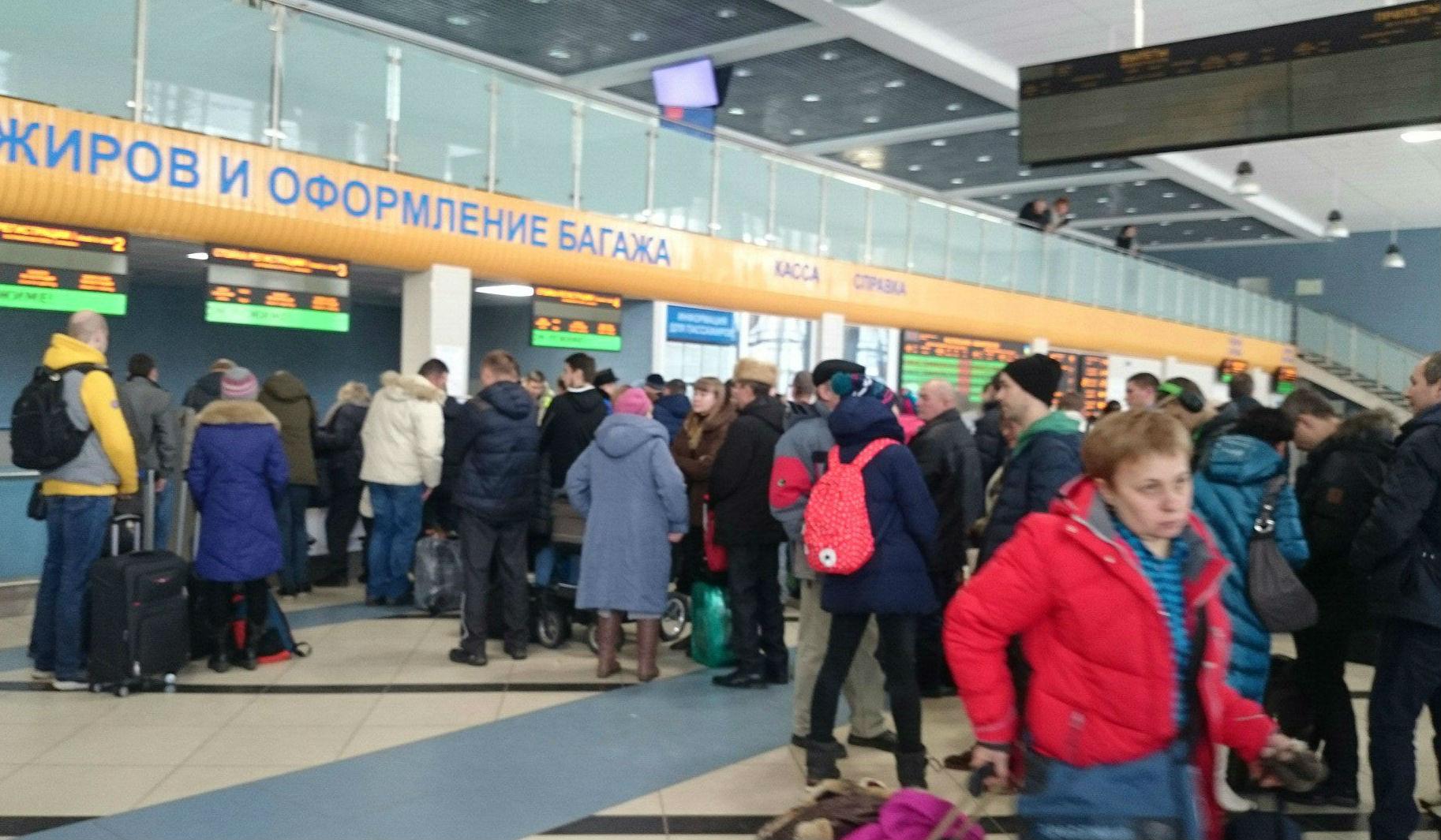Несколько рейсов задержались в аэропорту Сыктывкара из-за отключения электроэнергии