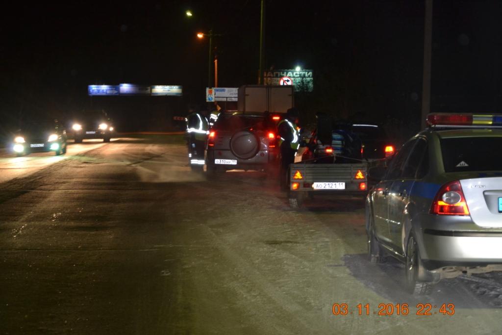 Проверки ГИБДД на дорогах Ухты: водители садятся за руль нетрезвыми и без прав
