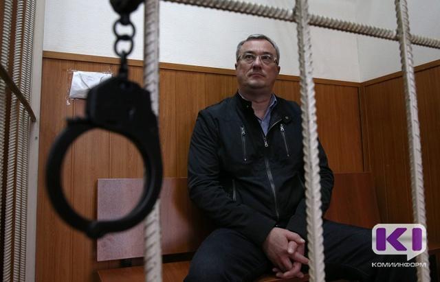 Экс-губернатор Коми Вячеслав Гайзер останется под стажей до19декабря
