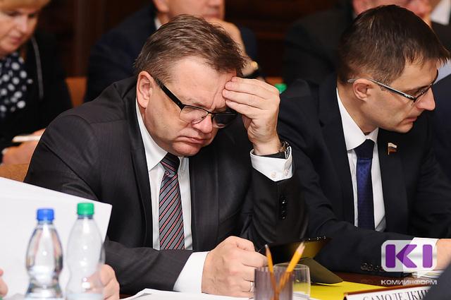 Мэр Сыктывкара Андрей Самоделкин написал объявление осложении полномочий