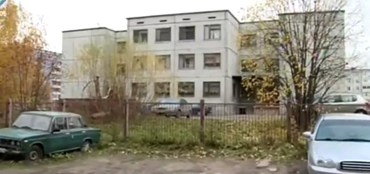 В Сыктывкаре продолжается розыск педофила, от действий которого пострадали две девочки