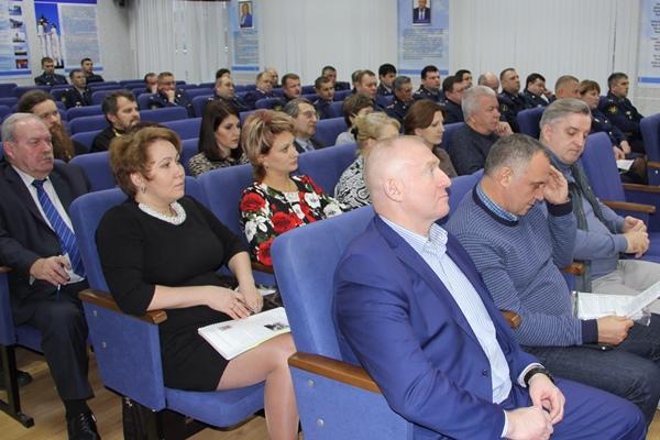 Руководство УФСИН Коми пообещало членам общественной наблюдательной комиссии