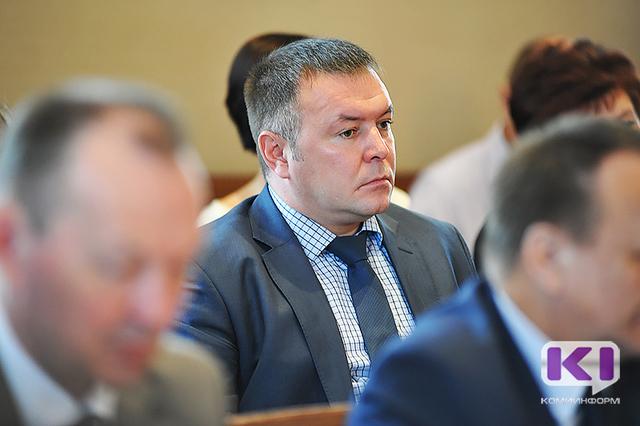 СМИ говорили о задержании экс-руководителя администрации Сосногорского района Дмитрия Кирьякова