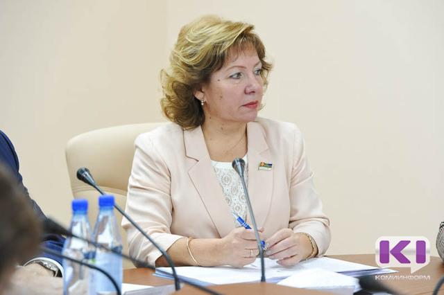 Надежда Дорофеева отметила социальную направленность послания президента Федеральному Собранию