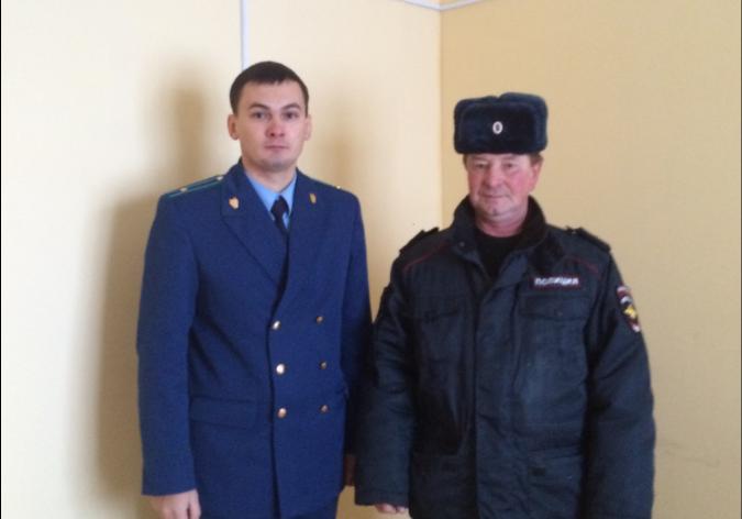 Участковому уполномоченному полиции из Усть-Куломского района после вмешательства прокуратуры местные власти предоставили служебный кабинет