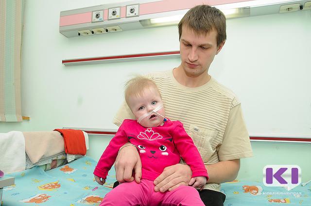 Спасти ребенка: семье воркутинцев нужны средства, чтобы вылечить десятимесячную дочь