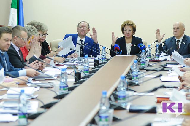 Депутаты Госсовета Коми определились с вопросами к главе республики