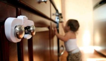 Полиция обнаружила в одной из квартир Сыктывкара брошенных детей
