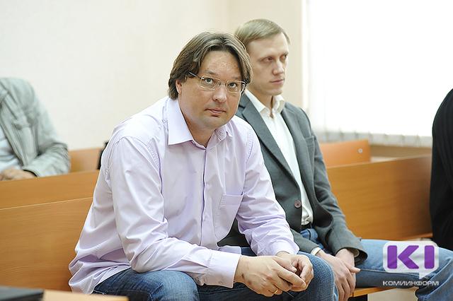 В Сыктывкаре за неуплату алиментов на десять суток арестовали Александра Селютина