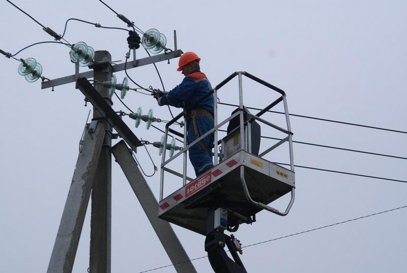Энергетики обещают  восстановить электроснабжение в Сыктывкаре  в течение часа