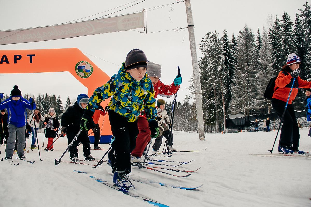 В Сыктывкаре прошли любительские лыжные забеги