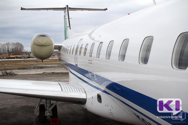 В Коми провели дезинфекцию самолета из-за пассажира с симптомами инфекционного заболеваниями