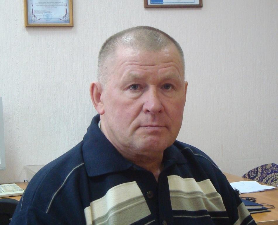 Тренеру сборной Коми по боксу Михаилу Мартынову присвоено почетное звание