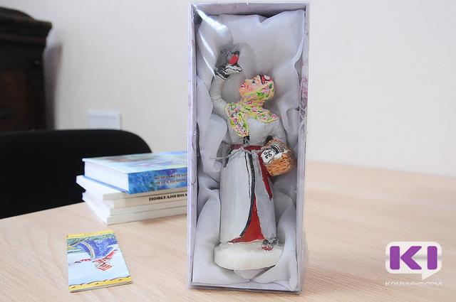 Ученые Коми запускают серию эксклюзивных кукол в коми национальных костюмах