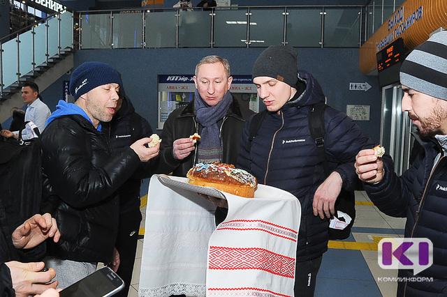 «СКА-Нефтяник» победил «Енисей» изавоевал Суперкубок РФ побенди