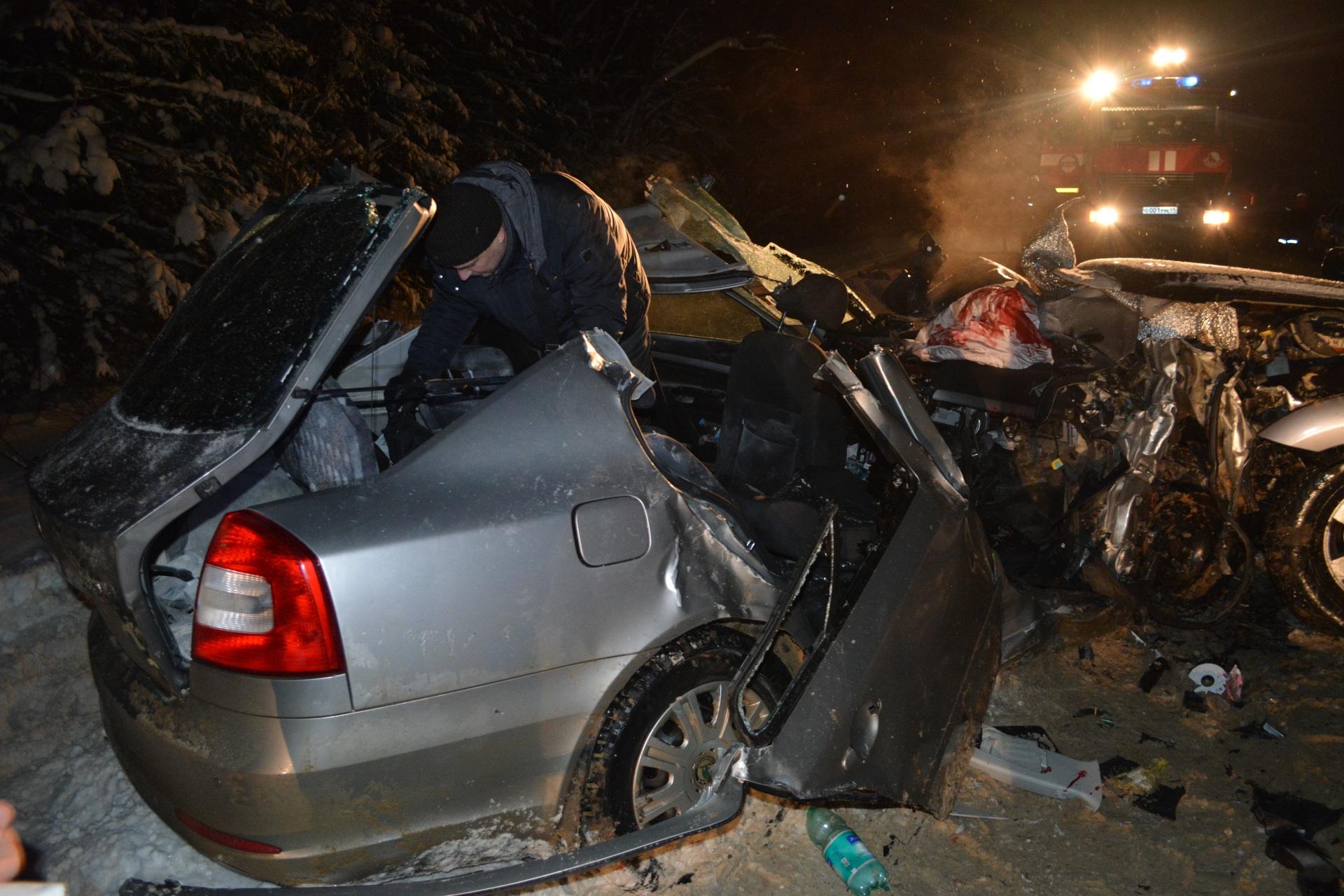 Один человек умер исемеро пострадали вДТП натрассе вКоми