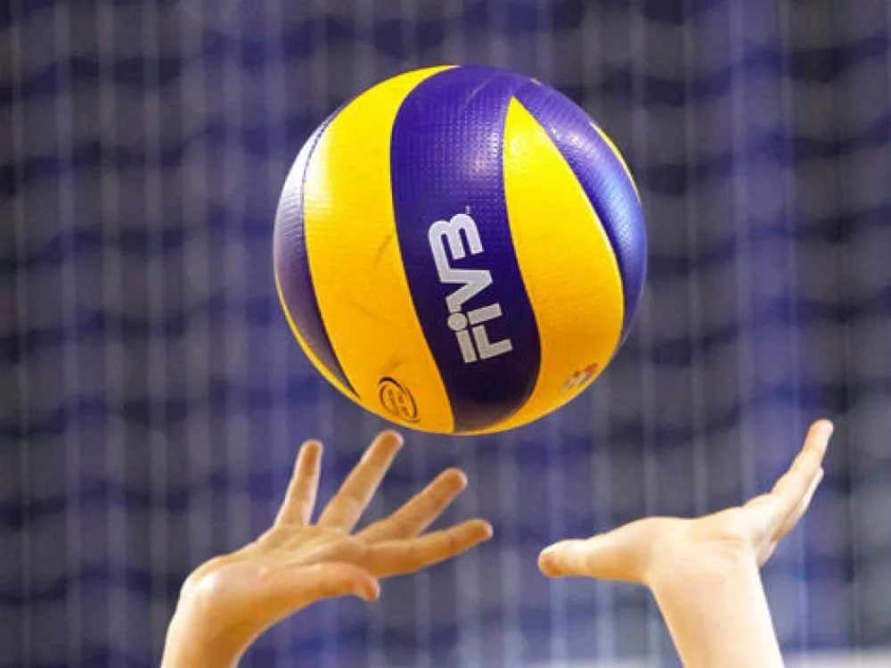 В Сыктывкаре начался Открытый республиканский турнир по волейболу