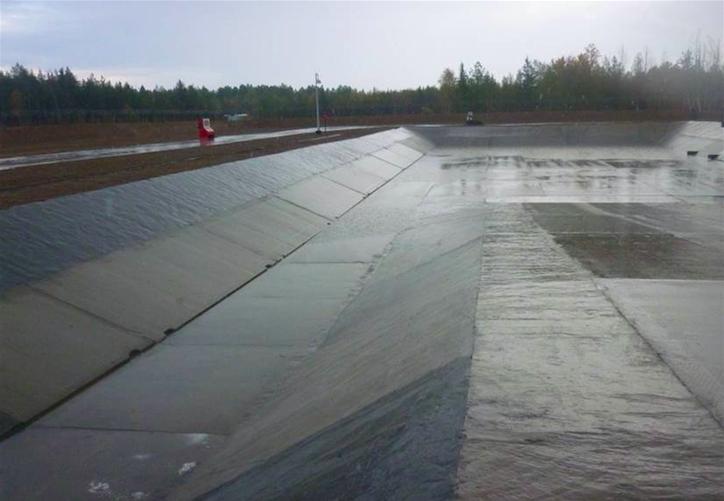На Щельяюрском нефтяном месторождении построят современный полигон по переработке твердых и жидких нефтяных шламов