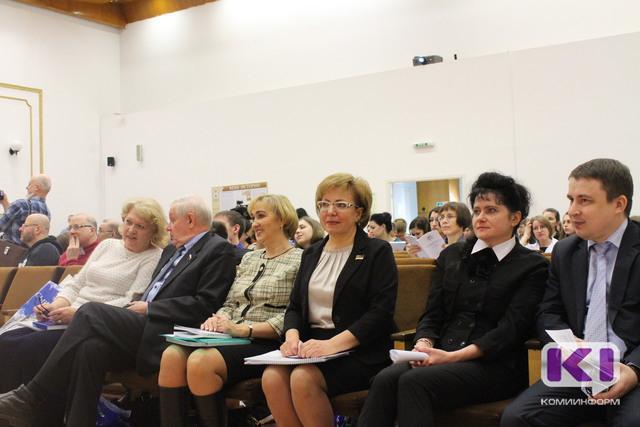 Правительство Коми будет и впредь поддерживать проекты, связанные с функционированием родных языков