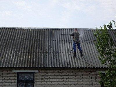 Внезапный ураган оставил без крыши здание администрации села Объячево