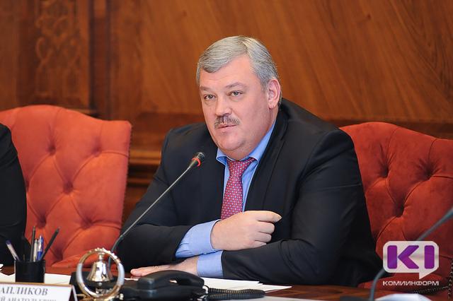 Глава республики отдаст свою майскую зарплату благотворительному фонду