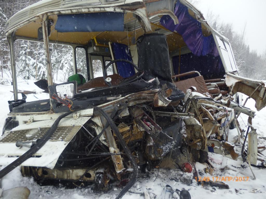 Борт с шестью пострадавшими в удорском ДТП вылетел в Сыктывкар