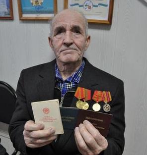 Семья 85-летнего ветерана из Наволока оказалась отрезанной от цивилизации