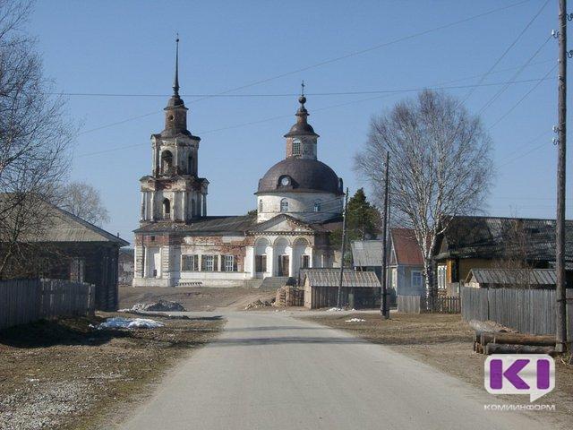 """Церковь отмечает """"православное 8 марта"""""""