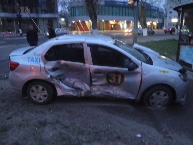 В Коми произошло два ДТП с участием таксистов