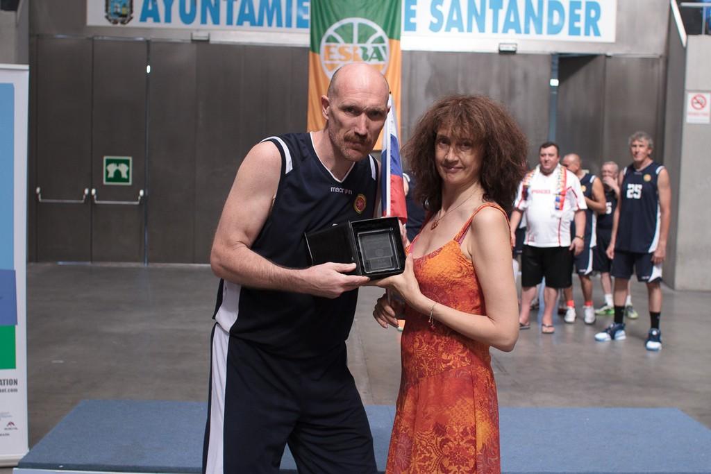 Двое сыктывкарцев стали чемпионами Европы по баскетболу среди ветеранов