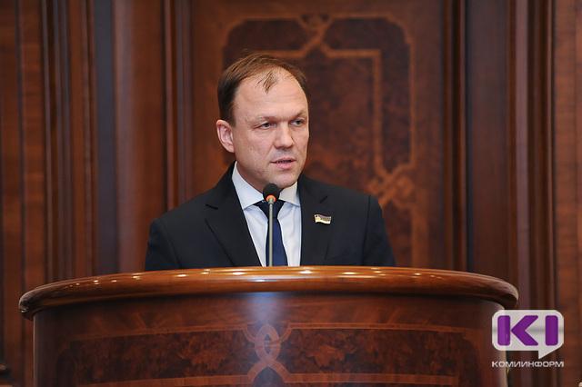 Требования основных предписаний проверяющих к медицинским организациям Коми исполнены - Дмитрий Березин