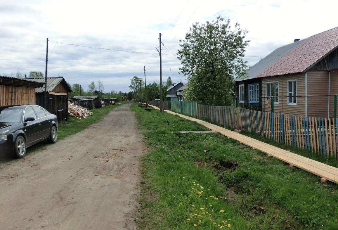 Год добрых дел: в поселке Донаель Усть-Вымского района отремонтирован тротуар