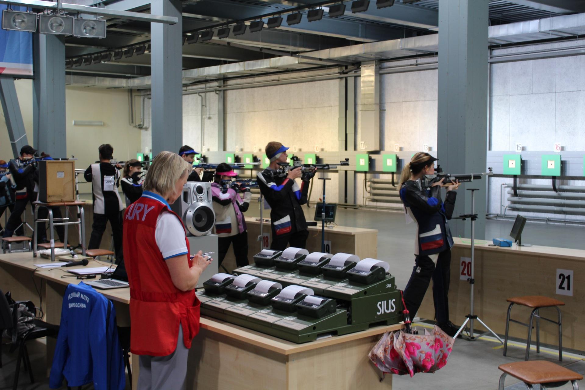 Зампред правительства Коми встретился в Татарстане со стрелками из республики