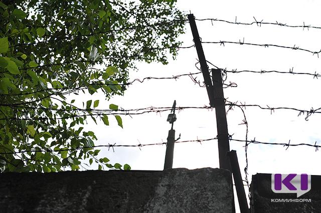 Интинские подростки получили различные сроки за серию преступлений
