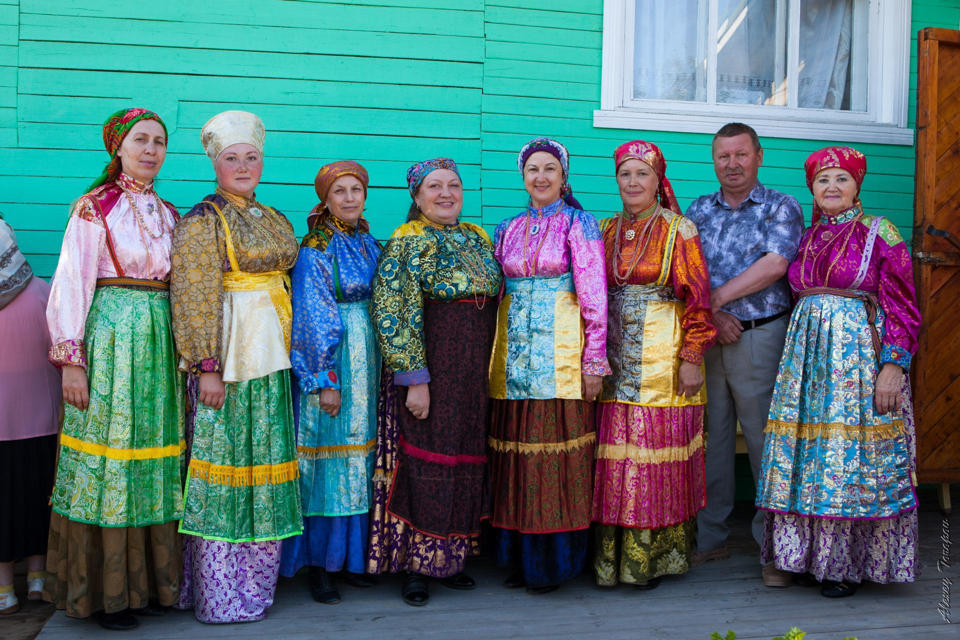 В Усть-Цилемском районе открыли родовую мемориальную доску