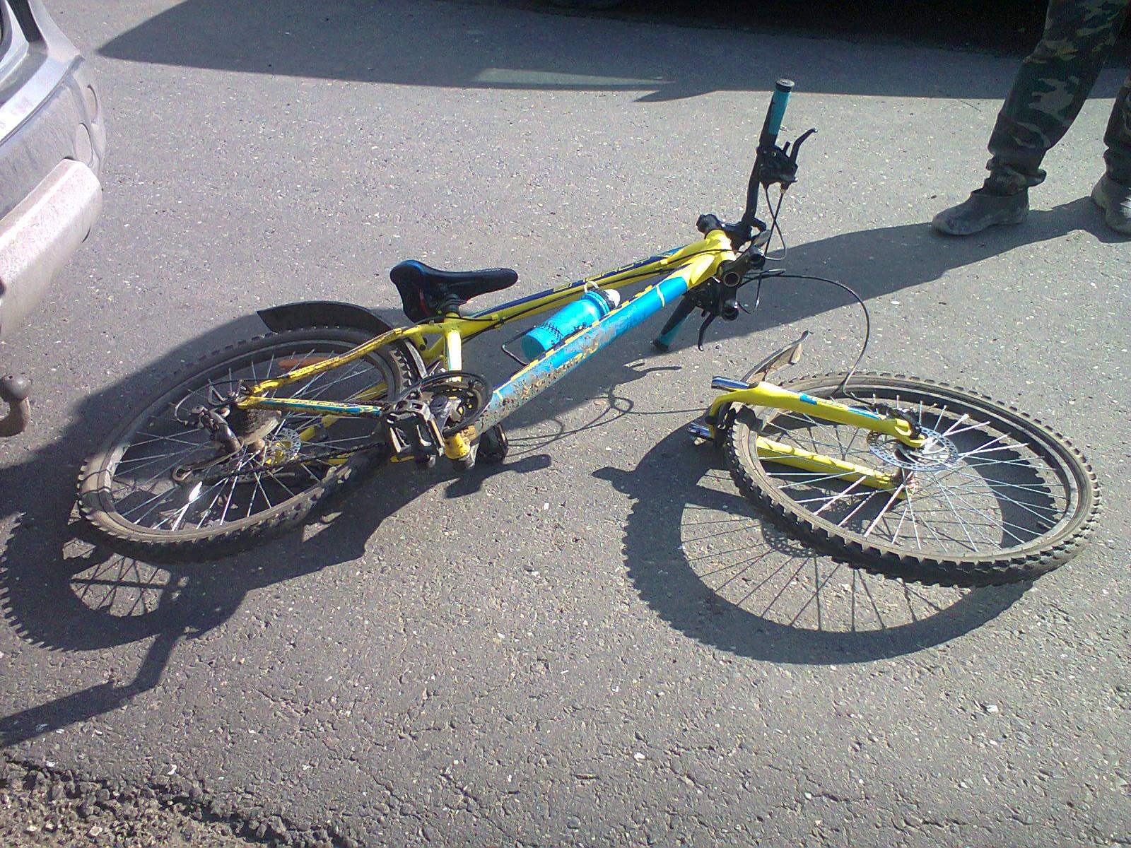 """В Визинге """"Лада"""" сбила 12-летнего велосипедиста"""