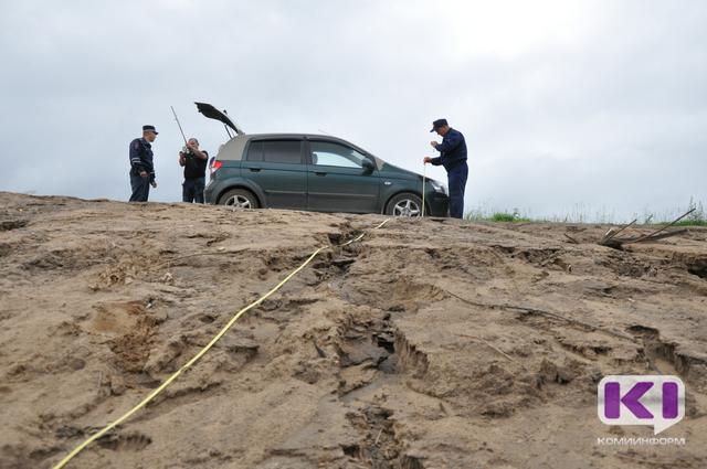 Сыктывкарцы нарушают закон, паркуясь в водоохранной зоне