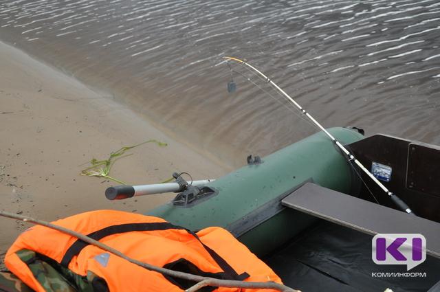 Под Ухтой на границе с Ижемским районом в лесу заблудился рыбак