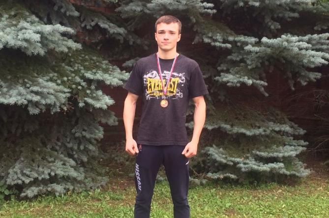 Аркадий Племениченко из Ухты и Сабир Шахруев из Усинска стали призерами Чемпионата Профсоюзов России по боксу в Кисловодске