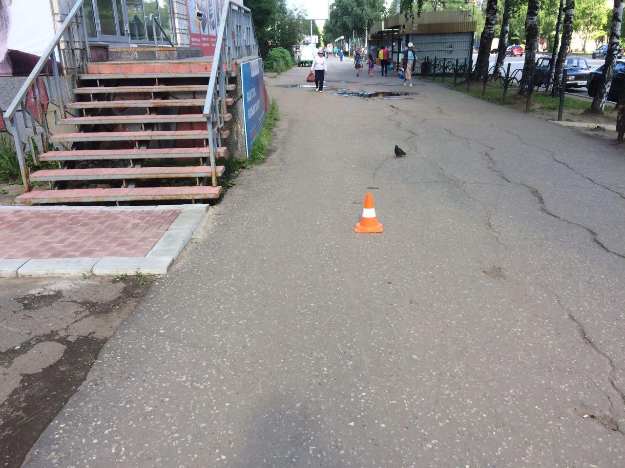 Госавтоинспекция Сыктывкара ищет велосипедиста, сбившего ребенка