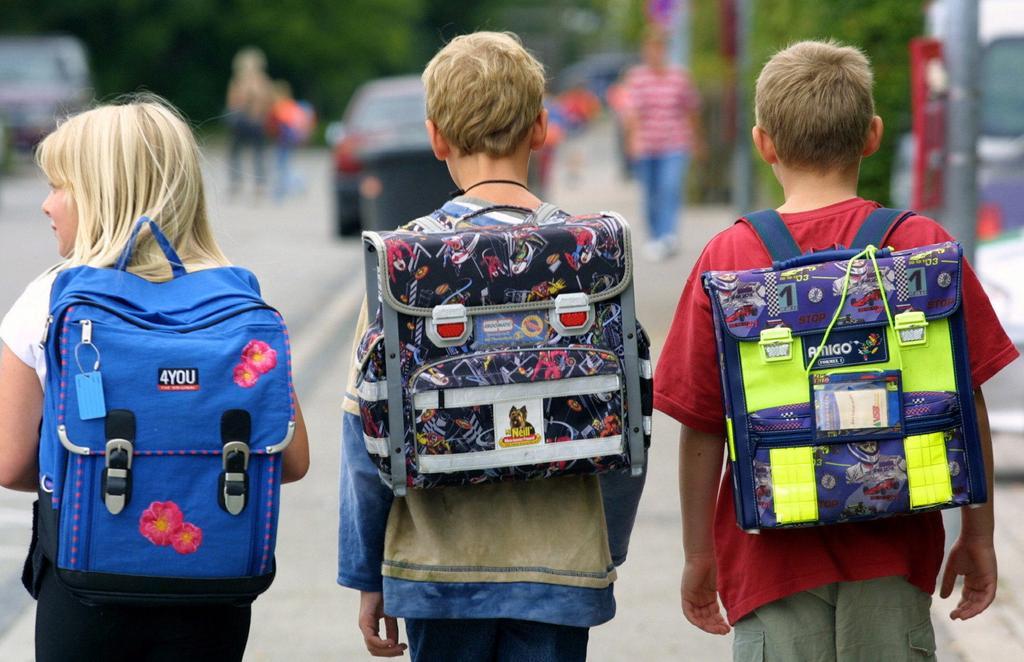 Роспотребнадзор Коми разъяснил, как подобрать правильный школьный портфель